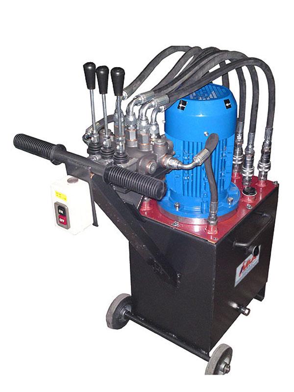Τροχήλατη υδραυλική μονάδα με χειριστήρια